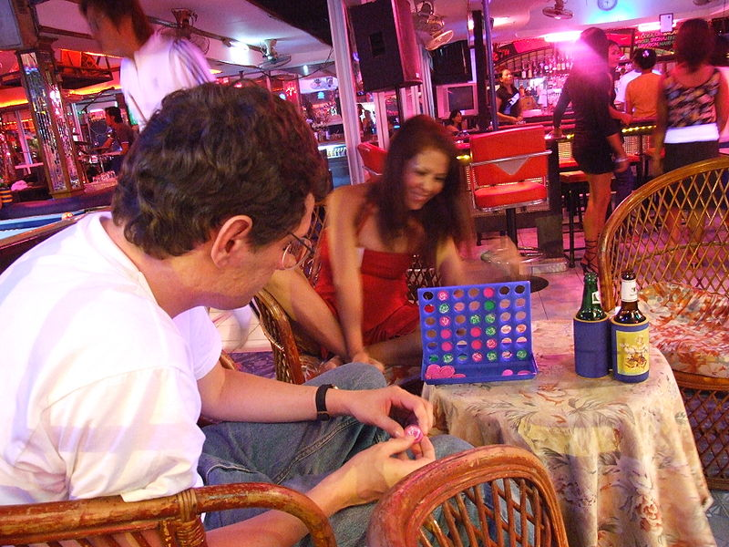 800px-Connect_Four_Pattaya_2006